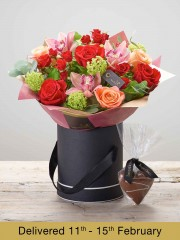 Forever Peachy Hatbox with Chocolate Heart